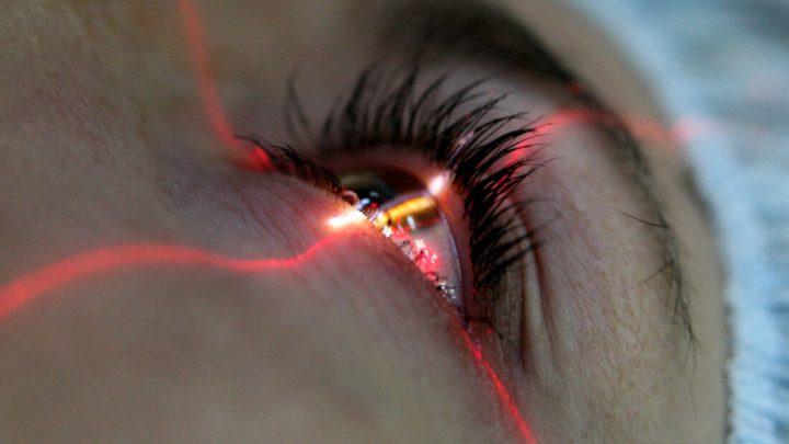 Алкоголь после лазерной коррекции зрения — можно ли?